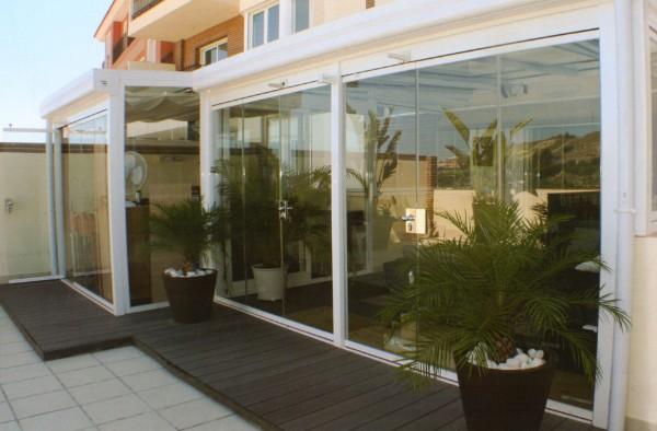 Cortina de cristal aluminio y pvc cadiz chiclana jerez - Cerrar terraza aluminio ...