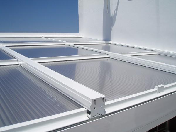 Techos m viles aluminio y pvc cadiz chiclana jerez san for Materiales para toldos de aluminio